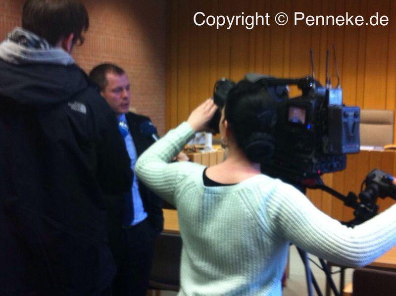 Verteidiger Thomas Penneke legte sich gestern trotzdem für seinen Schützling ins Zeug